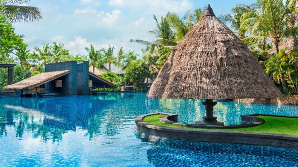 The gorgeous salt water lagoon that became one of my favourite places. (Photo courtesy of St. Regis Bali)
