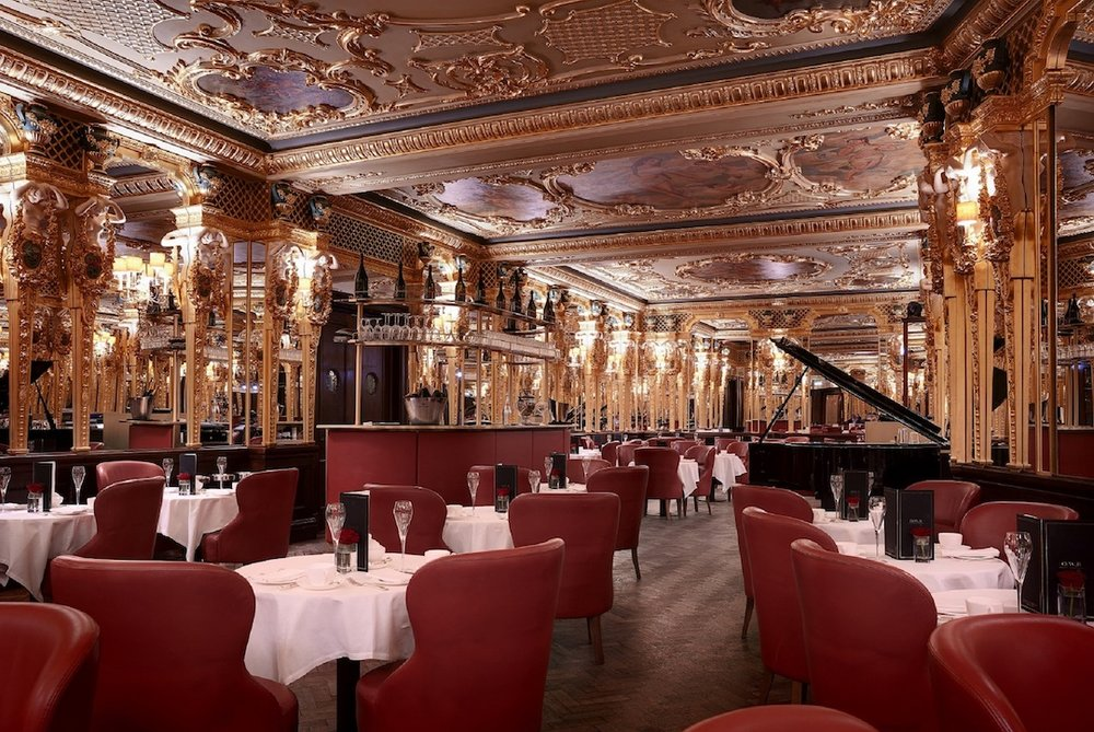 The very grand Oscar Wilde Bar (photo supplied)