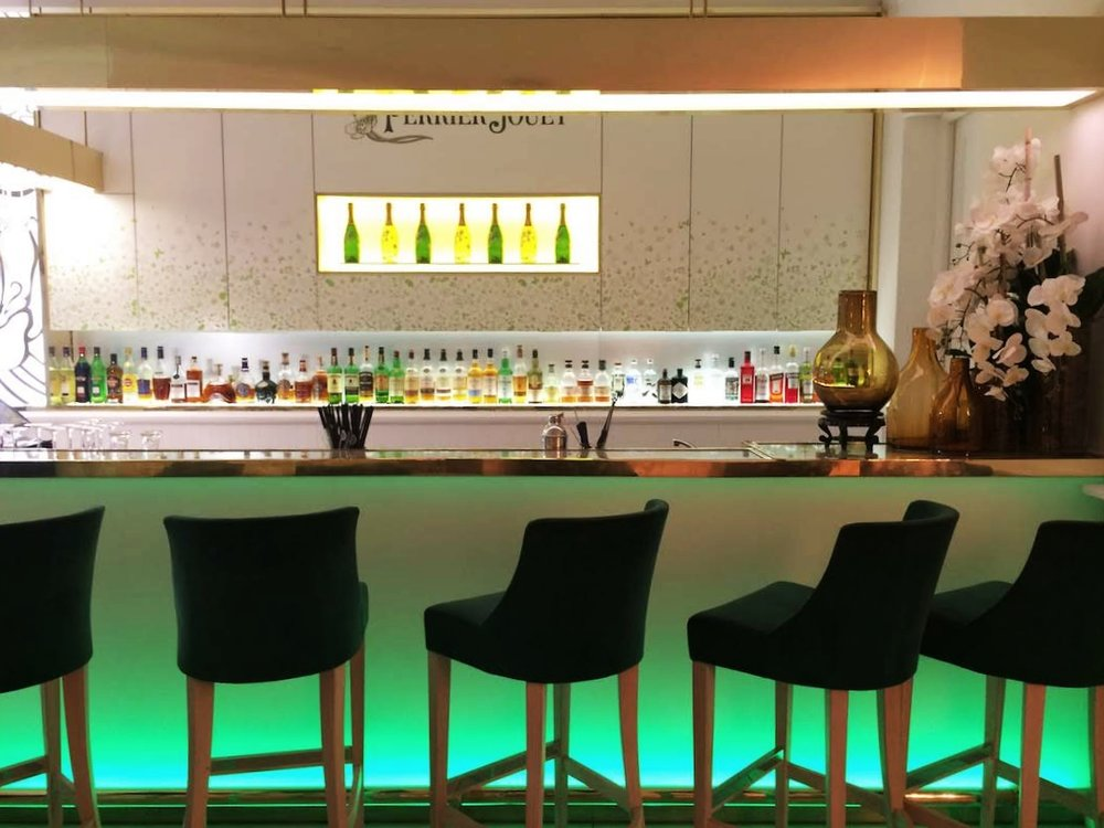 The bar at Muse