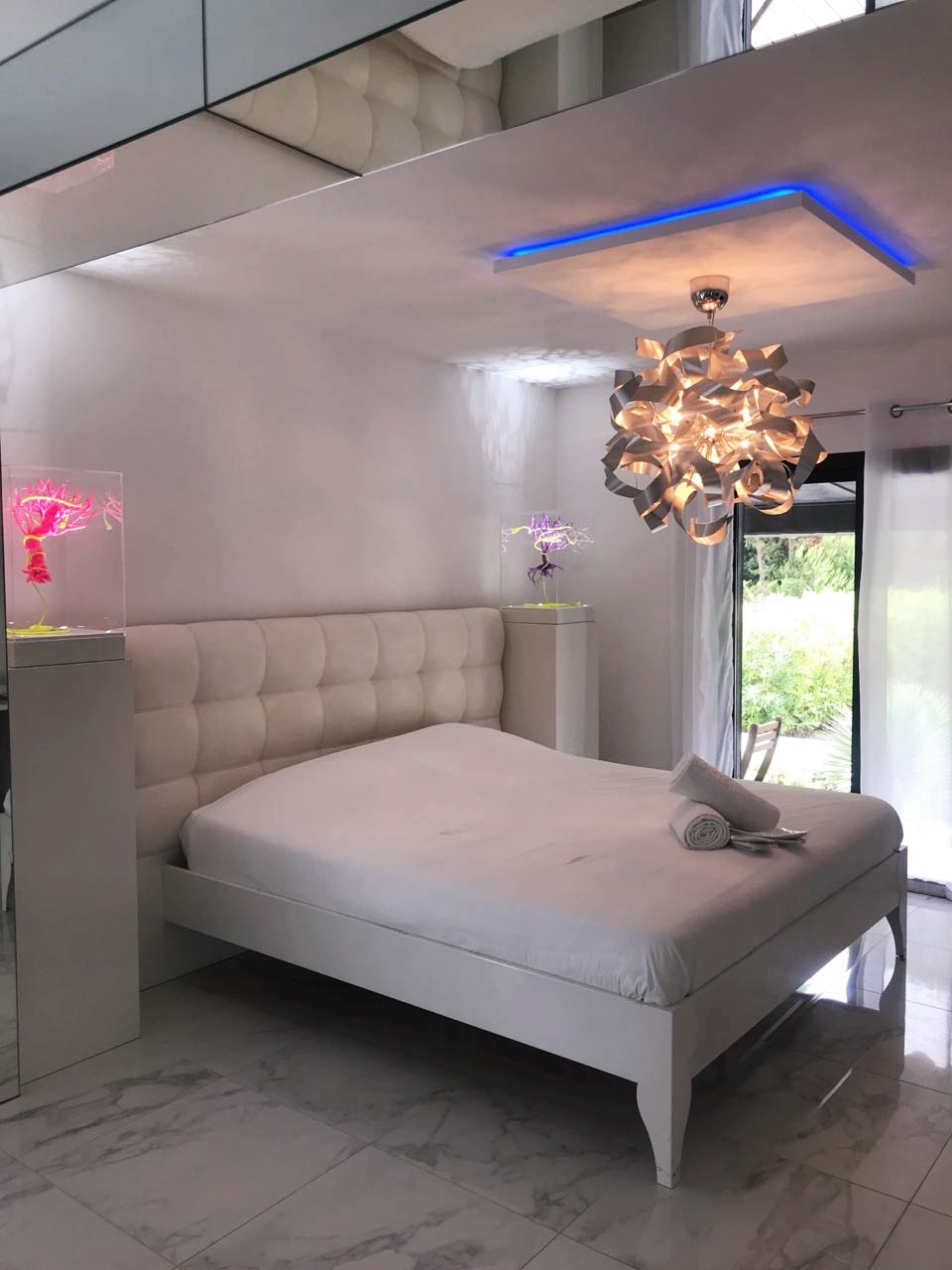 Levitation Room