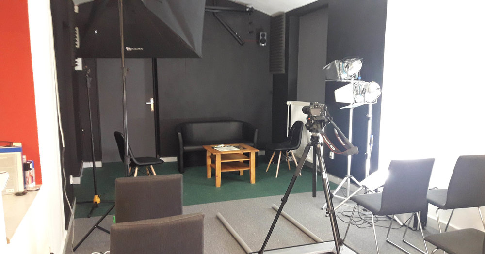 Acting on camera studio PIFA