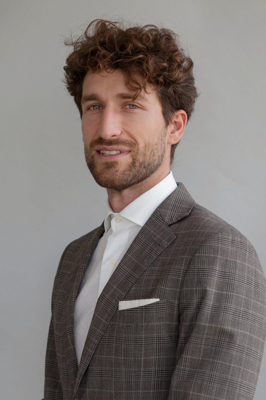 Dr. Jury Gualandris