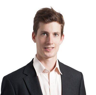 Dr. Max Finne