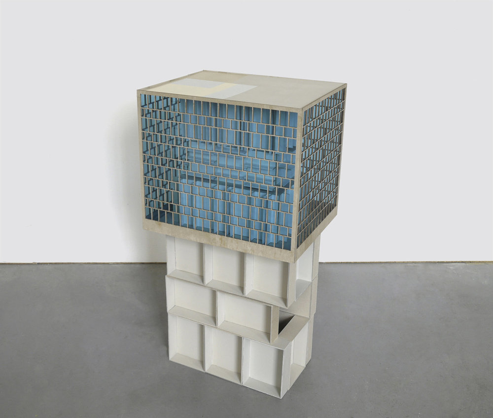 Räume unter sich, 2015, Karton, Plexiglas, 90 x 46 x 37 cm