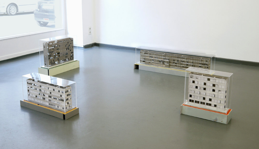 Ausstellungsansicht: Hausaufgabe, Block 1-4, 2011, Rasche Ripken, Berlin