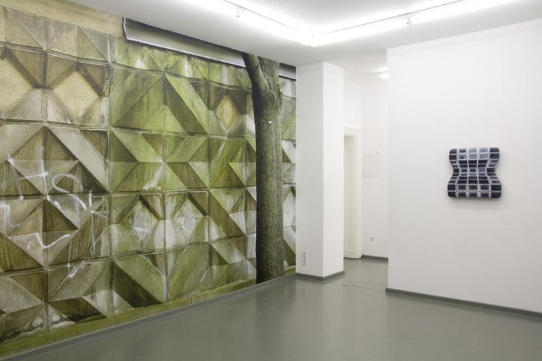Ausstellungsansicht: Zwischen Wand und Mauer, 2009, Rasche Ripken, Berlin