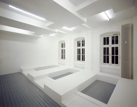 loop ,  2001, chipboards, plaster, paint, 348 x 738 x 530 cm, Galerie Stefan Rasche, Münster