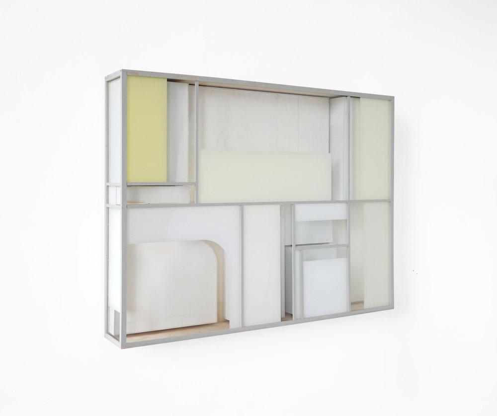 Minimal KA, 2018, Holz, Acrylglas, Farbe, 89 x 117 x 17 cm