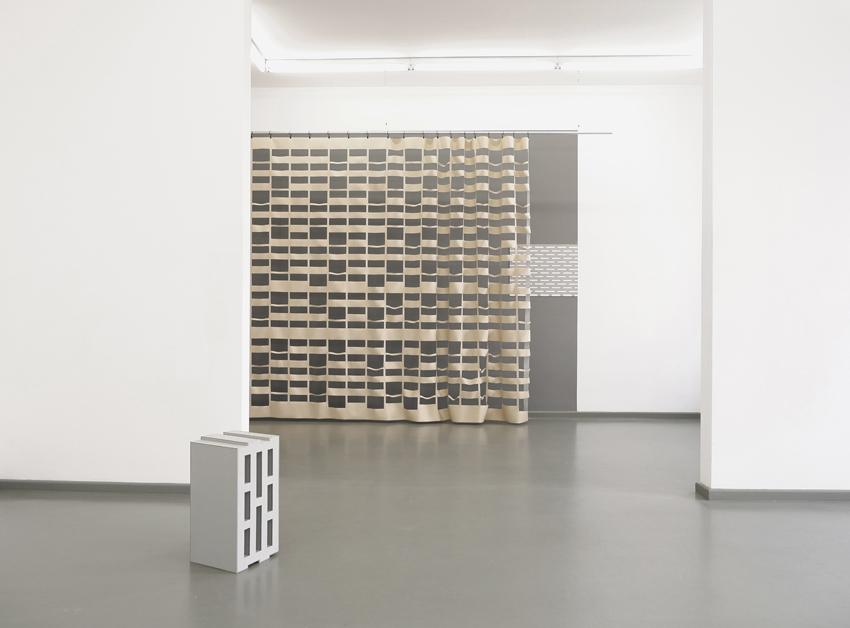 Hohlblock 24,0, Blackout ST, 2018, installation view, Rasche Ripken, Berlin