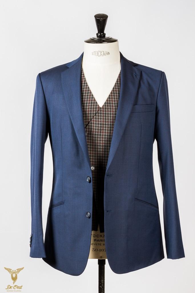 Koningsblauw maatpak 3 delig met geruit Gingham gilet vest maatkleding