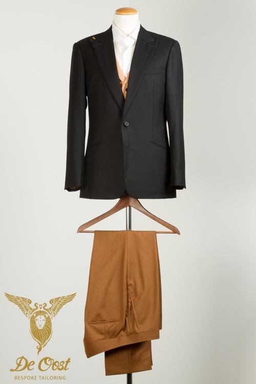 - Trouwkleding Zwart visgraat colbert Puppytooth vest en bruine pantalon fishtail