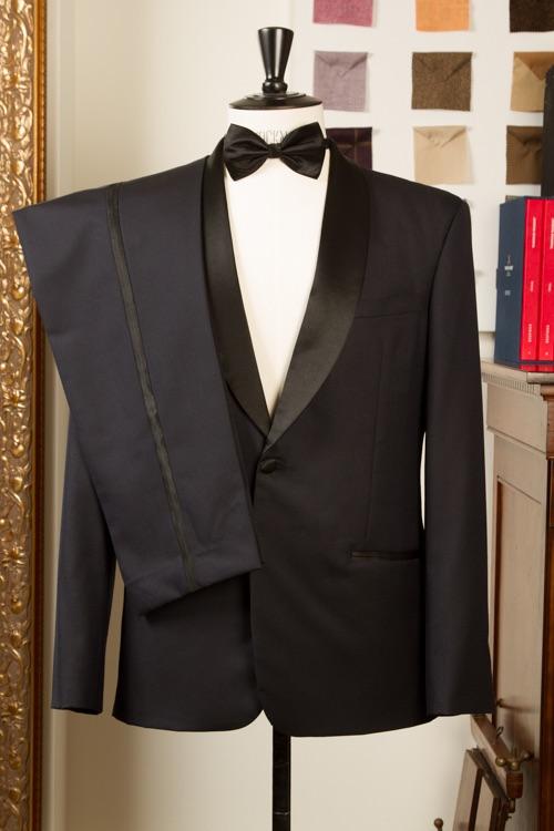 - Smoking jasje shawl kraag handgemaakt bespoke op maat midnight blue met zwarte satijn accenten
