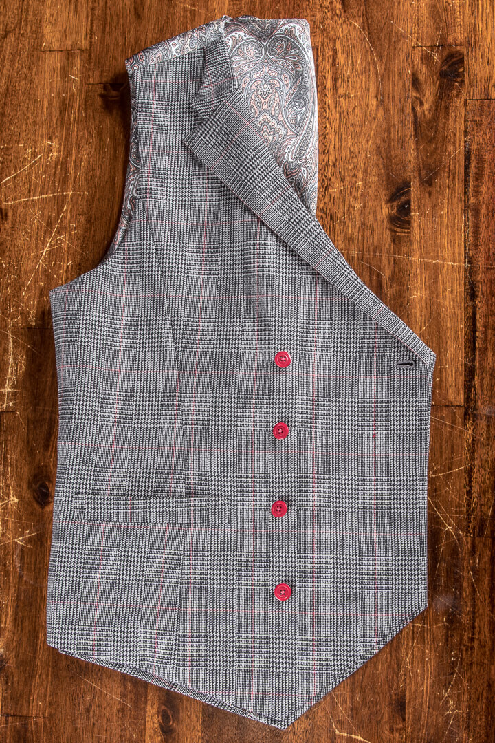 - Double Breasted Vest Glen Check Ruit Met Paisley Voering Rode Knopen Weggesneden Revers Vintage 1920