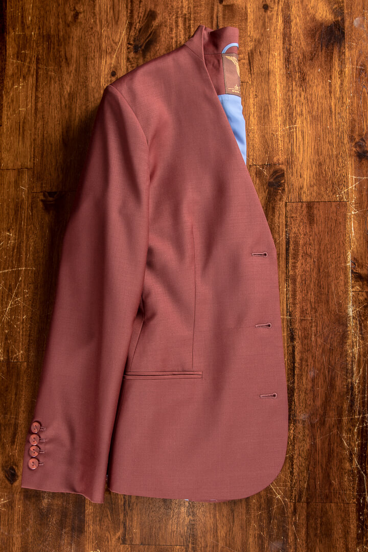 - Terra Cotta Dames Outfit Kostuum Bespoke Blazer Opstaande Kraag Lavendel Accenten