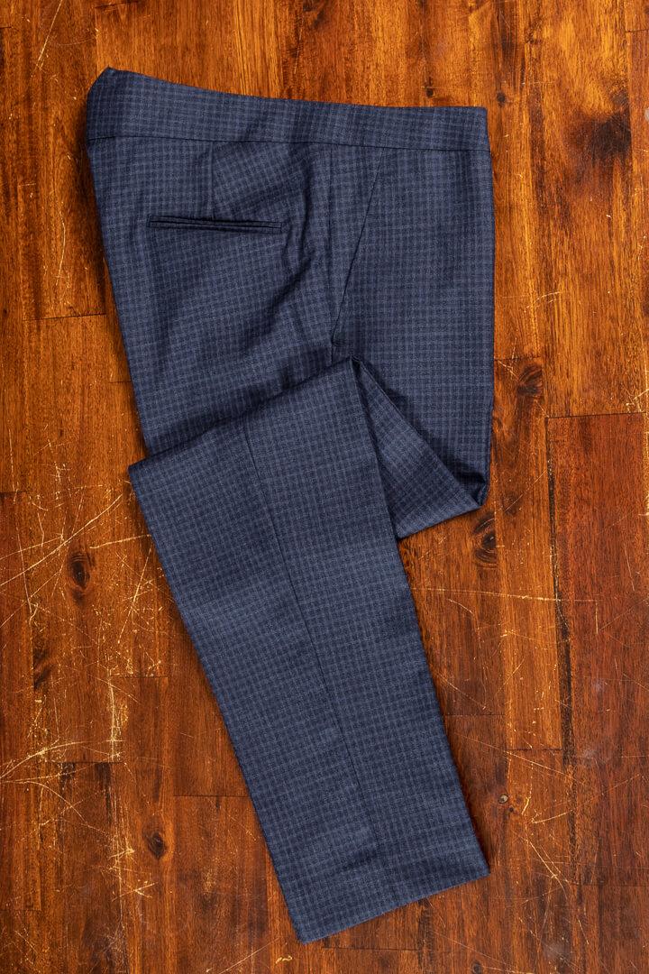 - Broek op maat voor het reizen met fishtail donker blauw navy shadow block plaid
