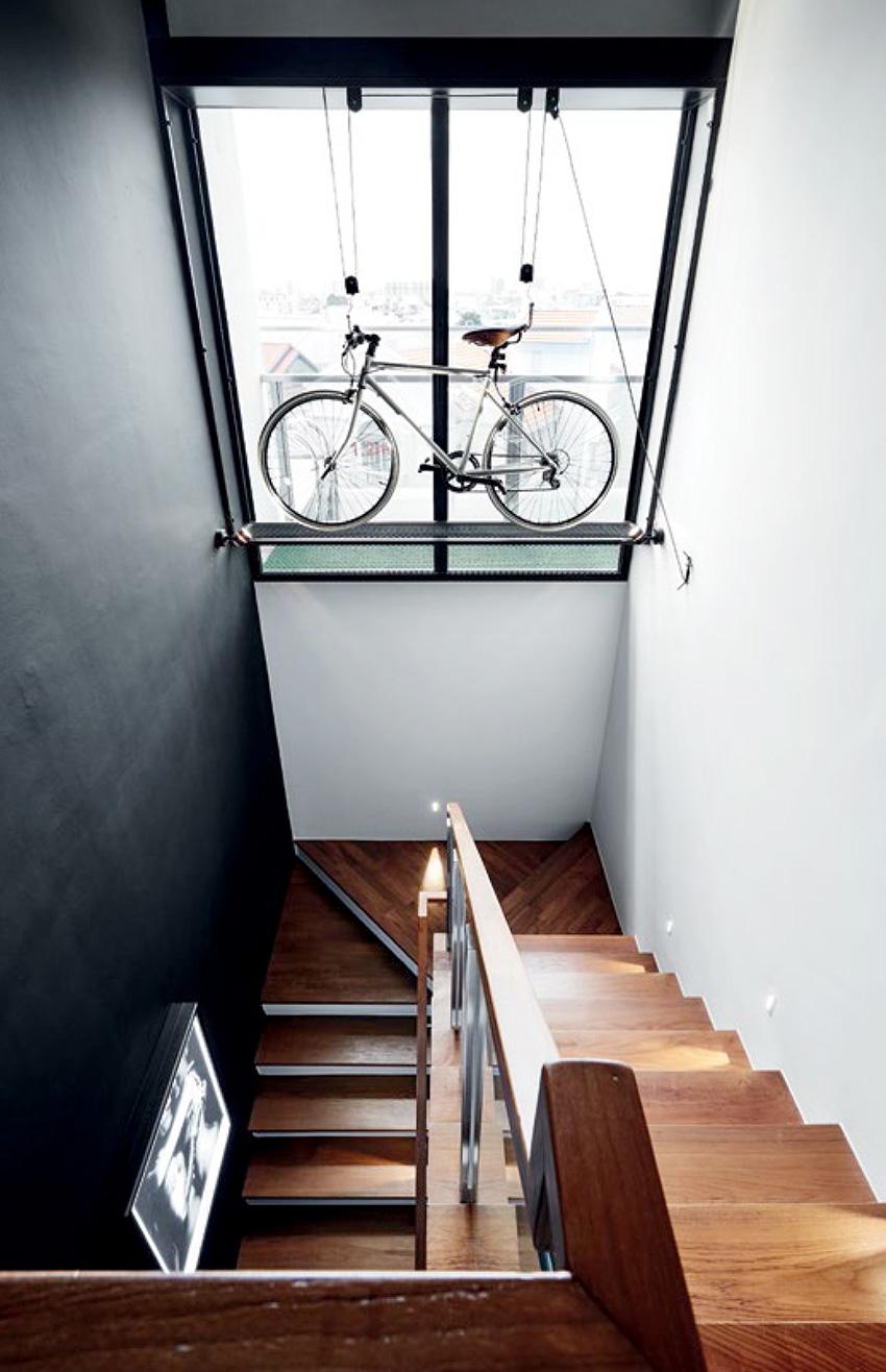 SR-Everitt-Edge-Staircase-Bike-Rack_small.jpg