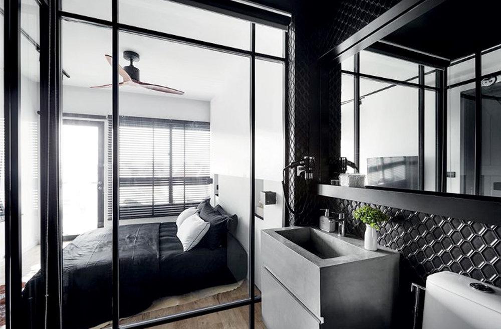 SR-Everitt-Edge-Master-Bedroom-View-From-Toilet_small.jpg