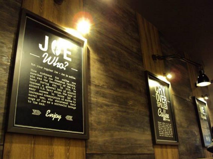 J&D Golden Shoe 3.jpg