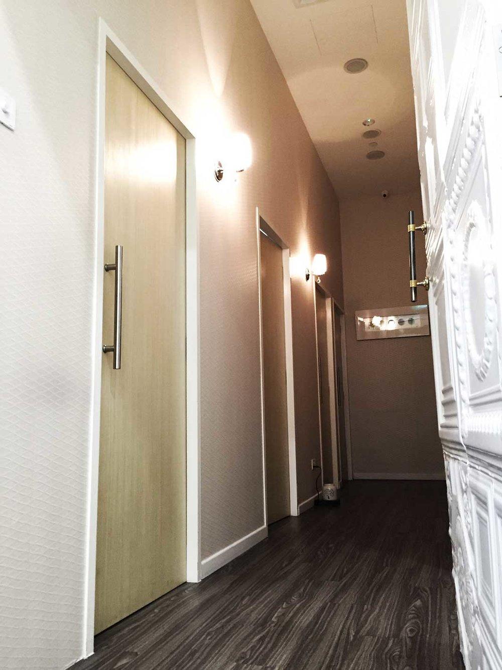 LV6-Walkway.jpg