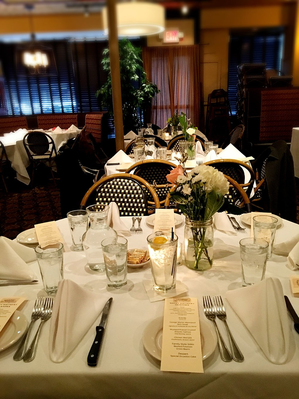 A photo of a table setting.
