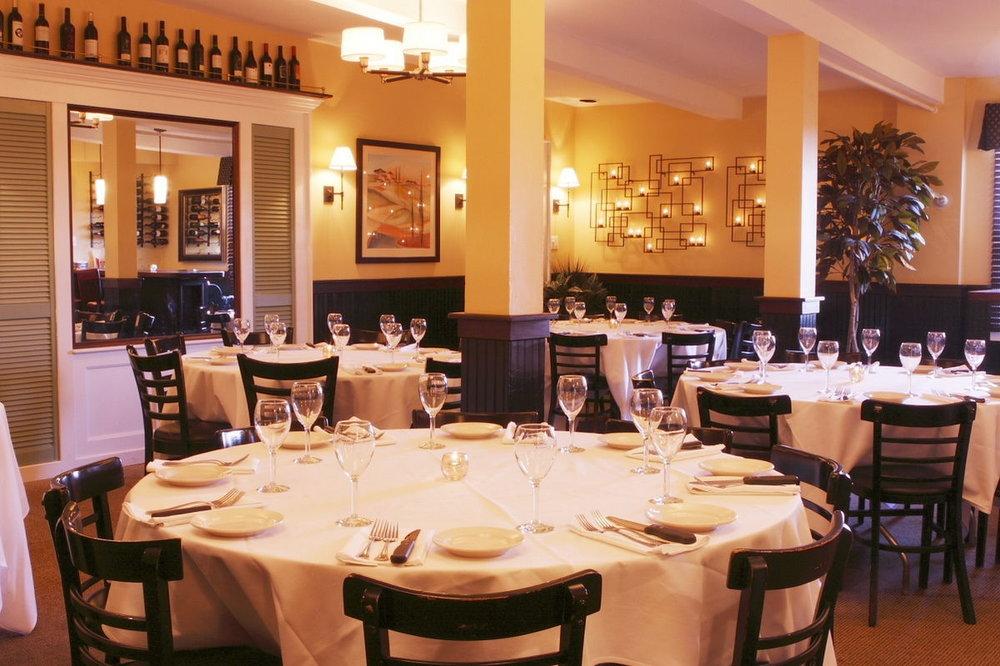 A photo of the Skyebox dining room at GM The Original.