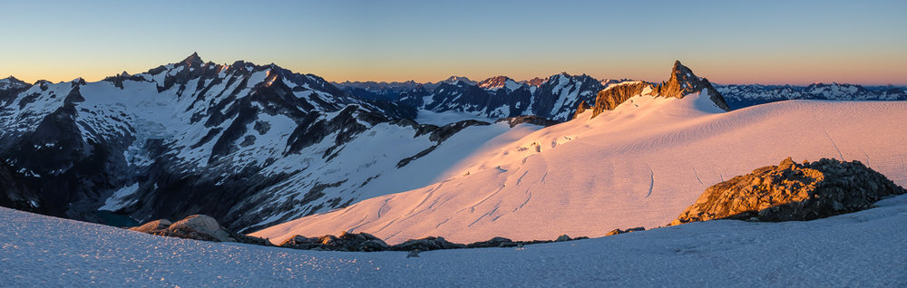 Sunrise on the Inspiration Glacier – Goode, Forbidden, Boston, Torment, Sahale, Bonanza, Spider, Joberg, and Pt. 7733.