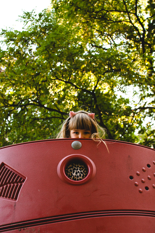 photo-d-une-famille-montrealaise-heureuse-en-atuomne-a-outremont-photographe-enfant-montreal-1-2.jpg