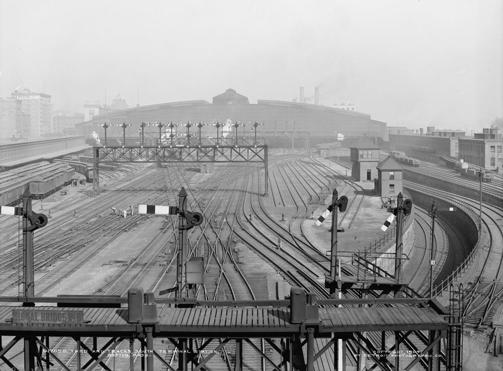 Detroit Photographic Co. Yard and Tracks, South Terminal Station, 1904.