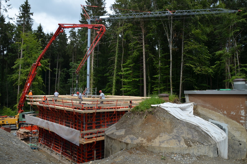 reservoir_betonieren.JPG