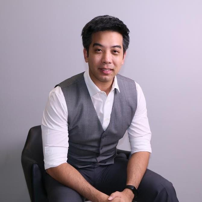 Buhn Bhuchongcharoen - บรรณ ภุชงค์เจริญ
