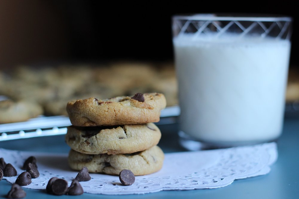 chocolate-chip-cookies-farm-fresh-milk-reston-farm-market-va.jpg