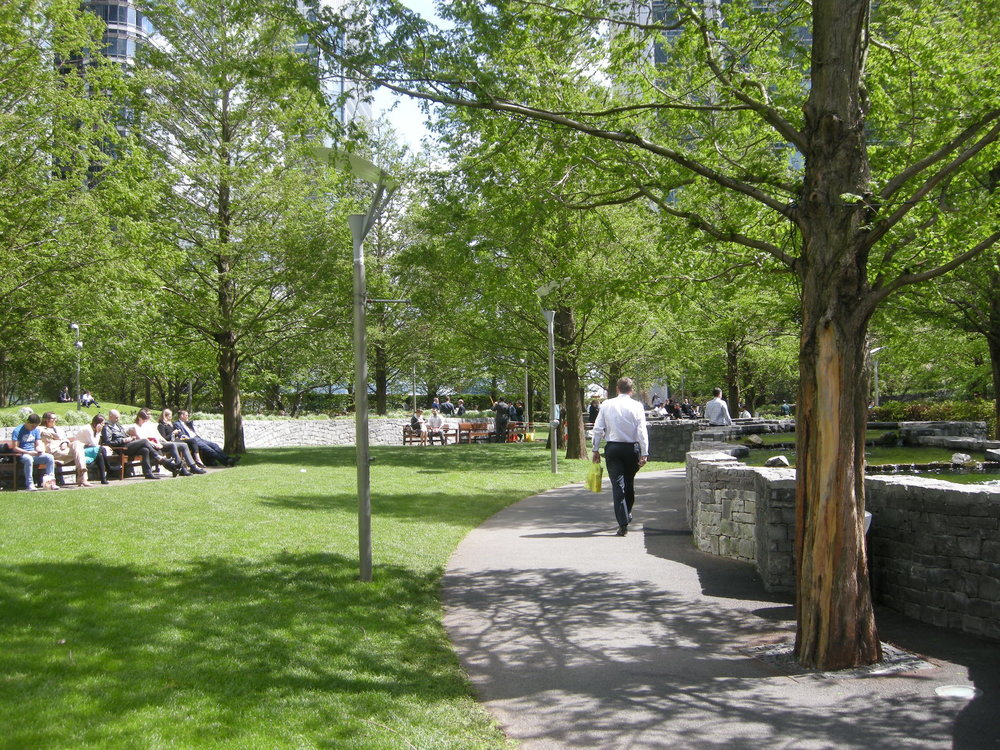 canary wharf park copy.jpg