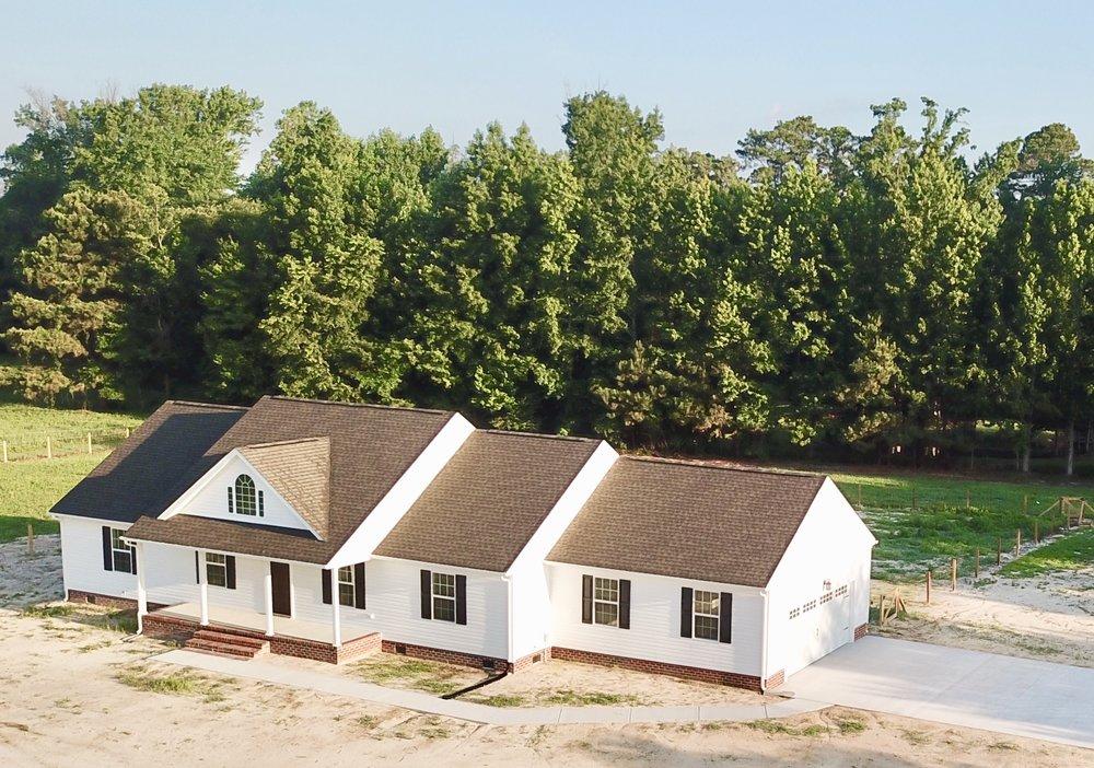 2382 CHERRY GROVE RD - NEW CONSTRUCTION ON 7;55 ACRES WITH A POND AND CUSTOM BARN