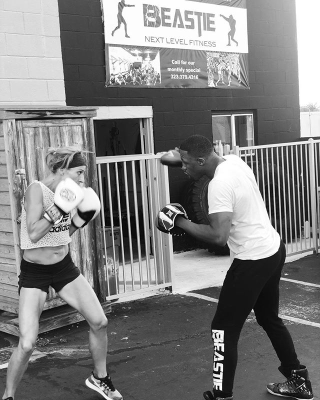 What was your Saturday workout? . Come box at Beastie! Best full body cardio around 🙌 . #boxing #beastie #fitness