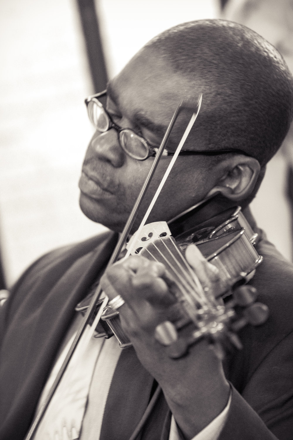 Derek Reeves Principal Violist for the Fort Wayne Philharmonic