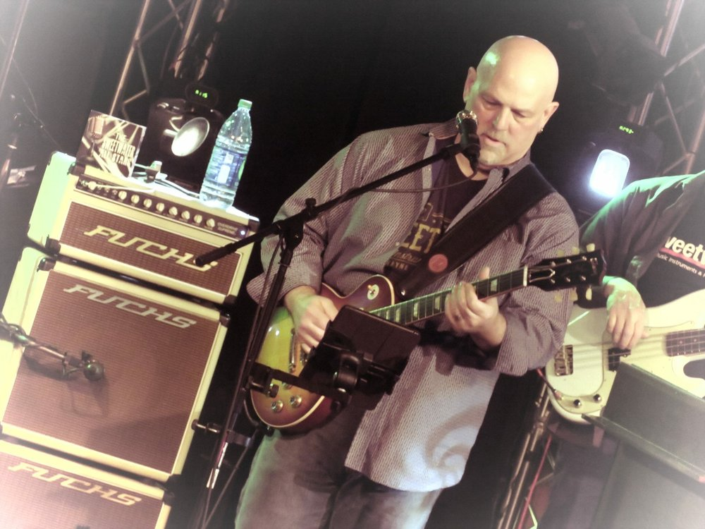 Bob Bailey, Guitarist and Vocalist