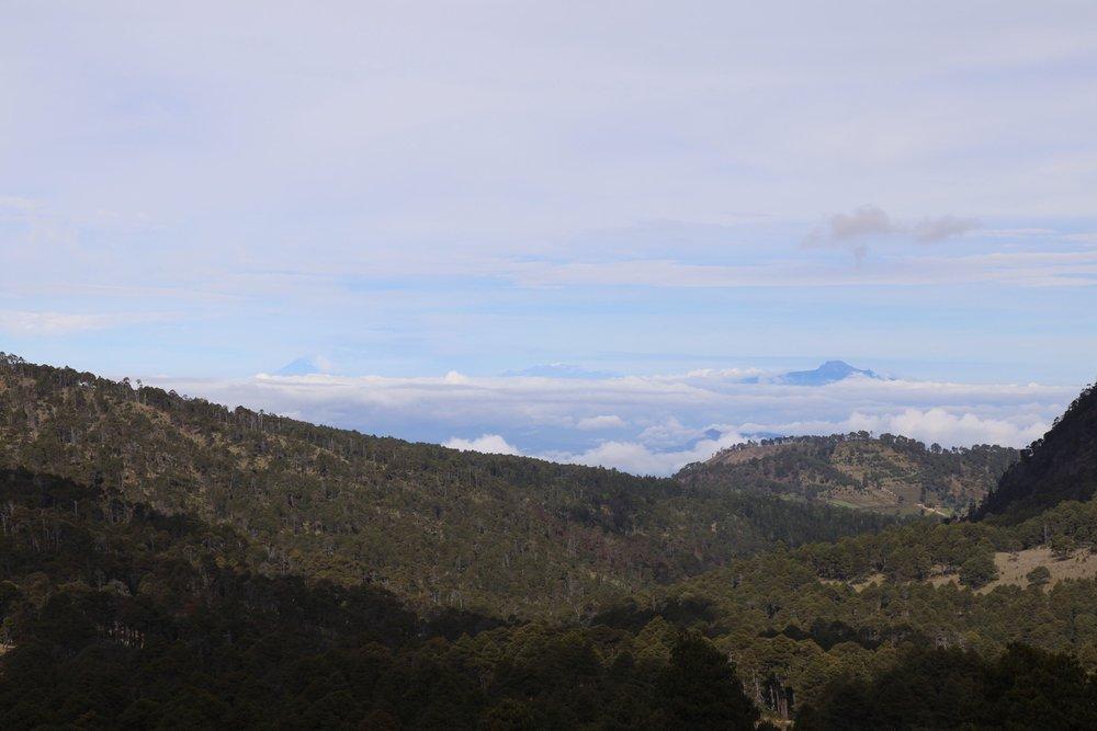Volcanoes from left to right: Popo, Itza, La Melinche.