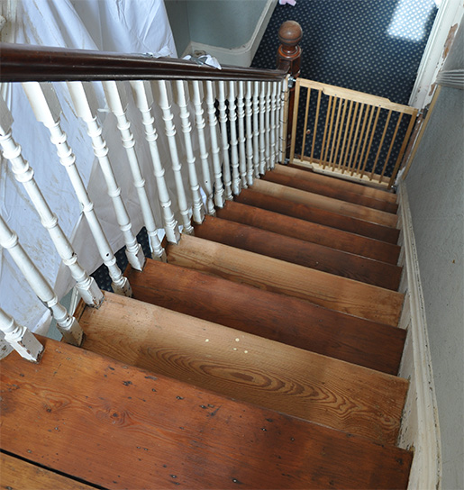 How to paint, varnish or oil a staircase - by Simply The Nest, a UK DIY renovation blog