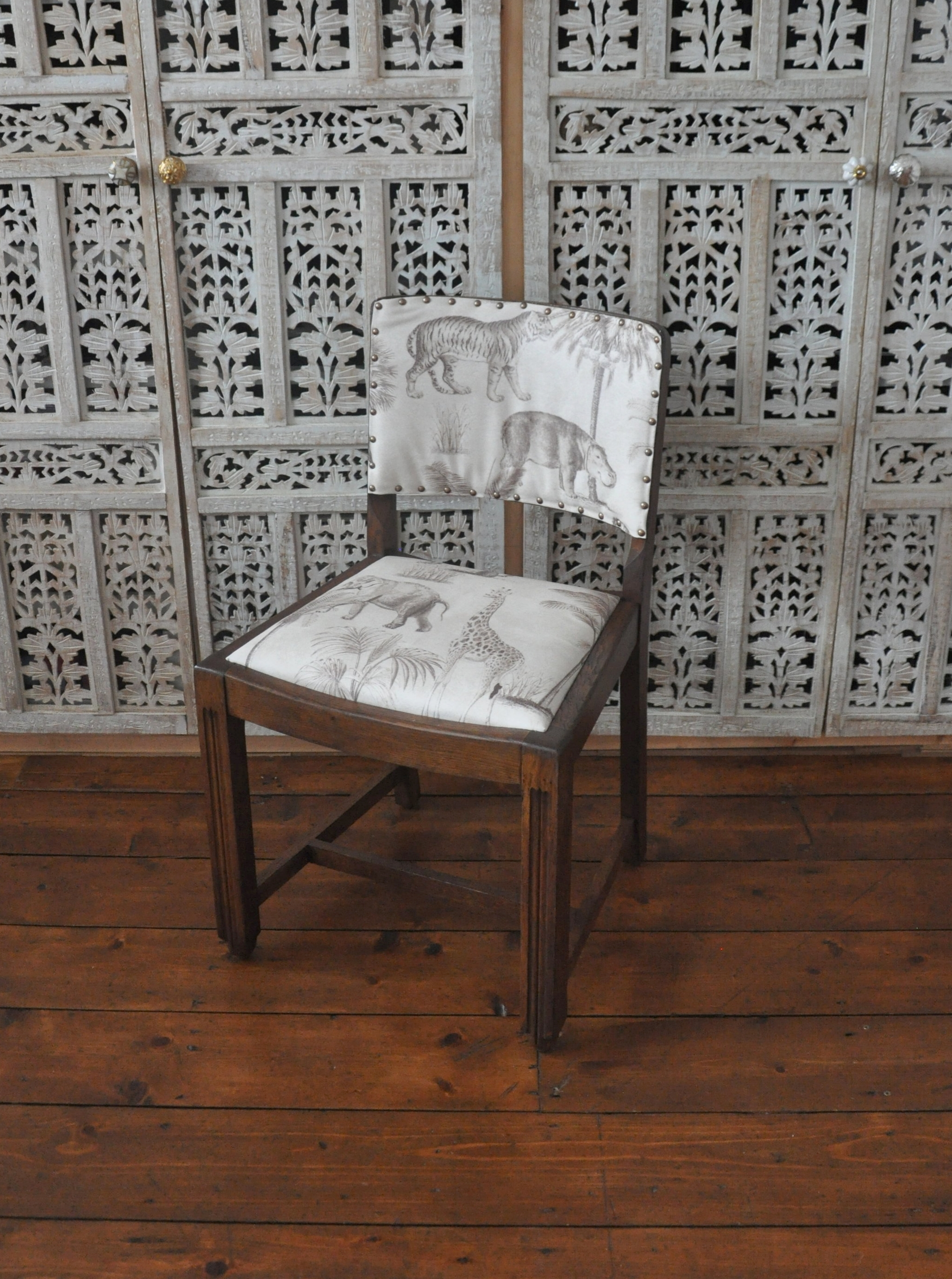How To Upcycle A Vintage Dining Chair