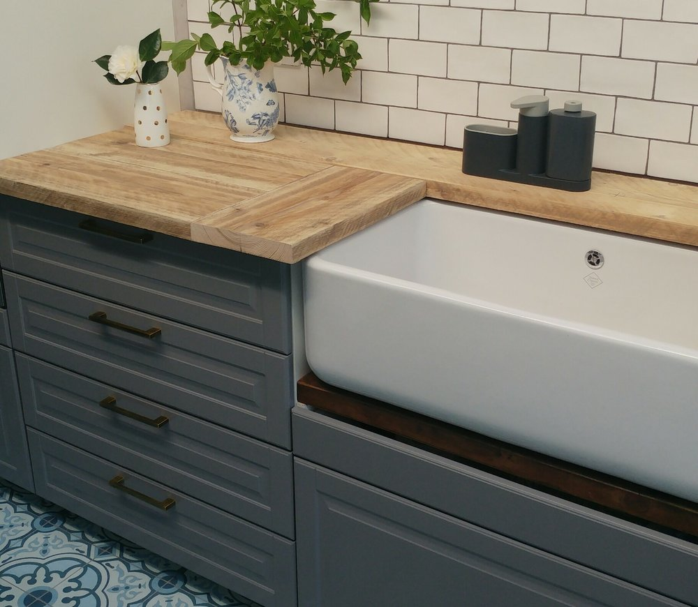 I designed the pattern so we had two shorter pieces running vertically against the main horizontal plank pattern on either side of the Belfast sink.