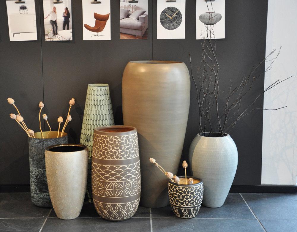 Vases .