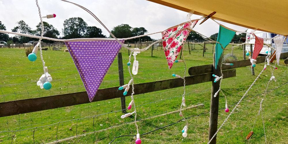 STN-IoW-Fakenham-Farm-Campsite-Bunting.jpg