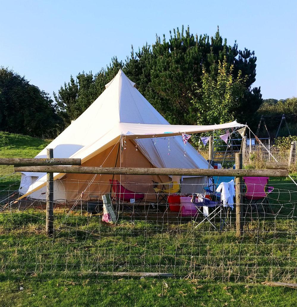 STN-IoW-Fakenham-Farm-Campsite-Tent.jpg