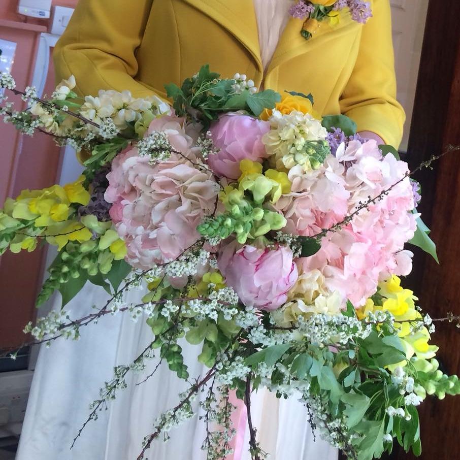 freestyle luxury handtied wedding bouquet