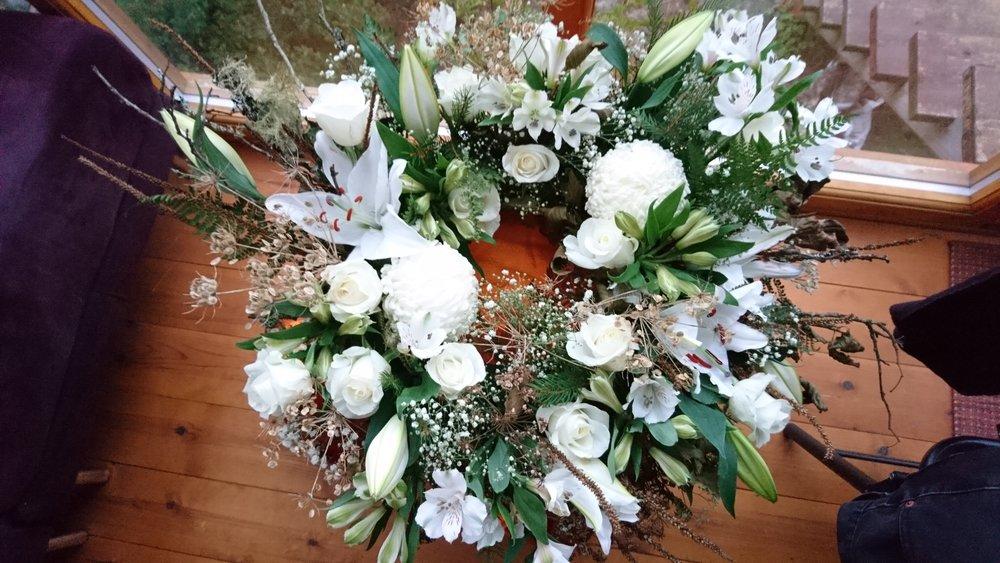 tradional wreath