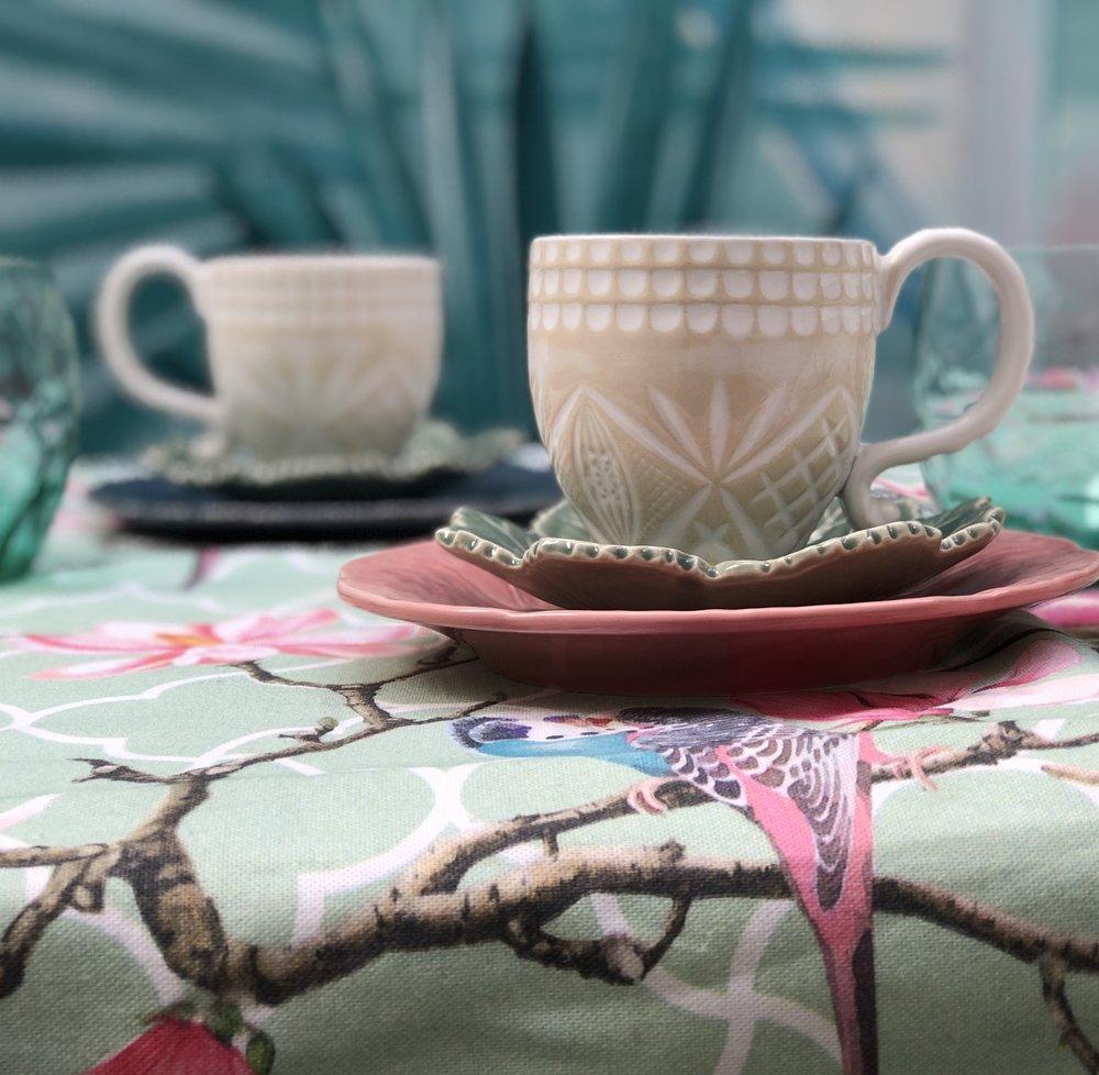 set_desayuno_rosa_azul_san_valentin_pinson.jpg