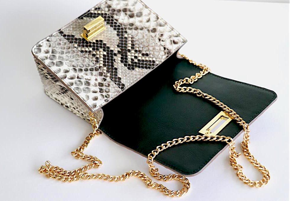 Chain bags -