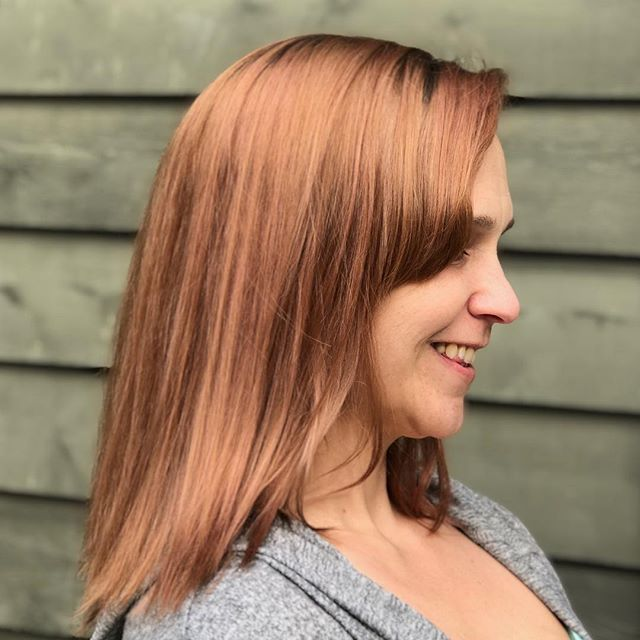 Rose Gold 😍 using @owayofficial and @originalmineral. Fresh color, fresh cut. Is it Spring yet?!