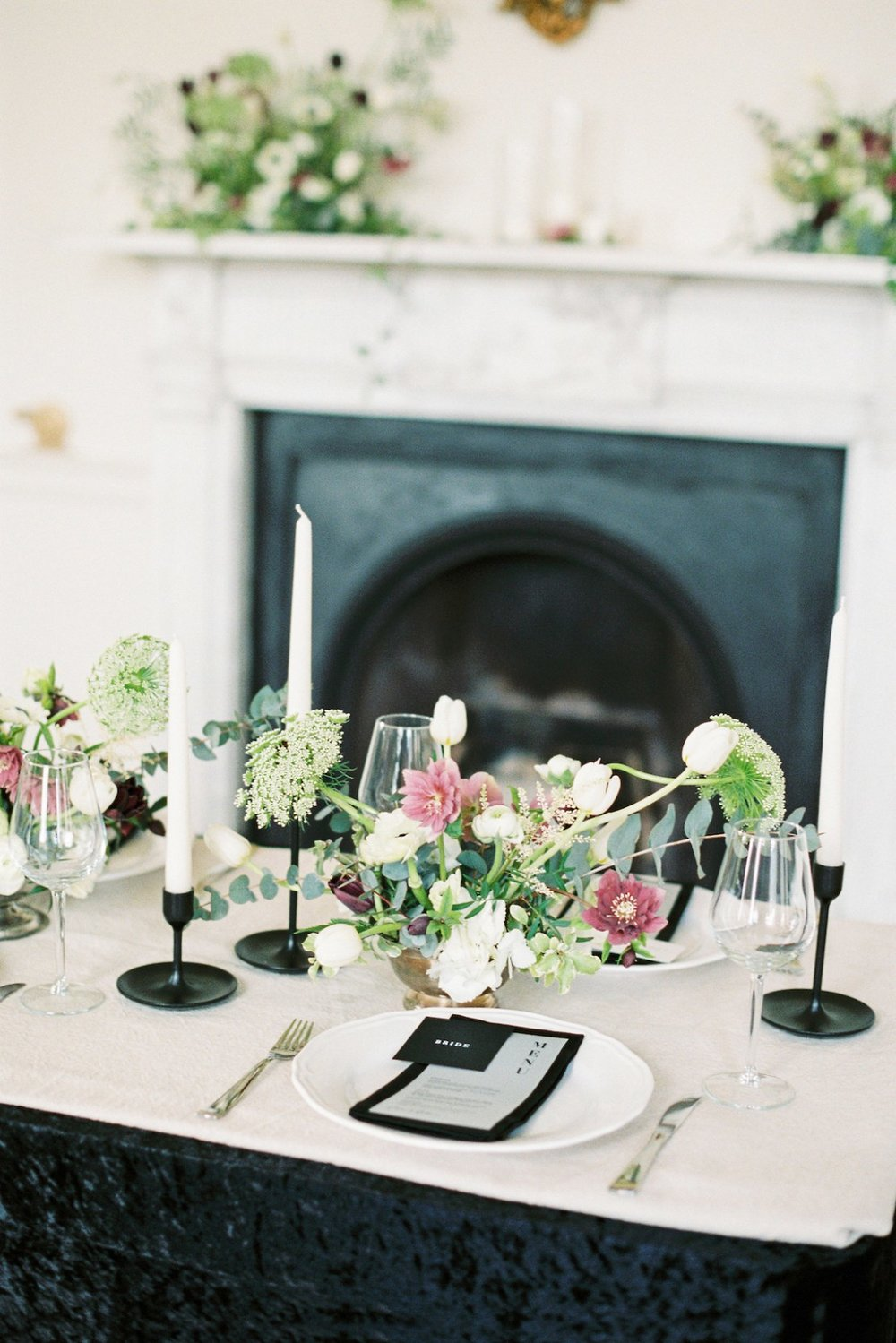 Luxurious-Coco-Chanel-Inspired-Wedding-Ideas-Bowtie-Belle-Photography-8-min.jpg