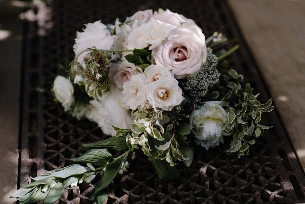 botanical-wedding-inspiration-in-a-london-secret-garden-rebecca-goddard-photography-100-1024x683-min.jpg
